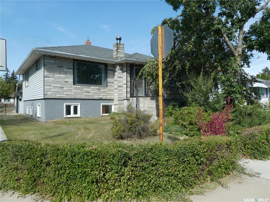 401 Q Avenue N, 6 bed, 2 bath, at $269,900