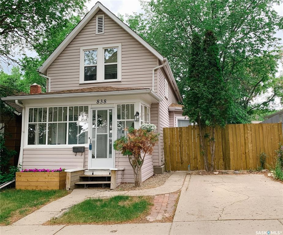 838 5th Avenue Nw, 2 bed, 1 bath, at $149,900