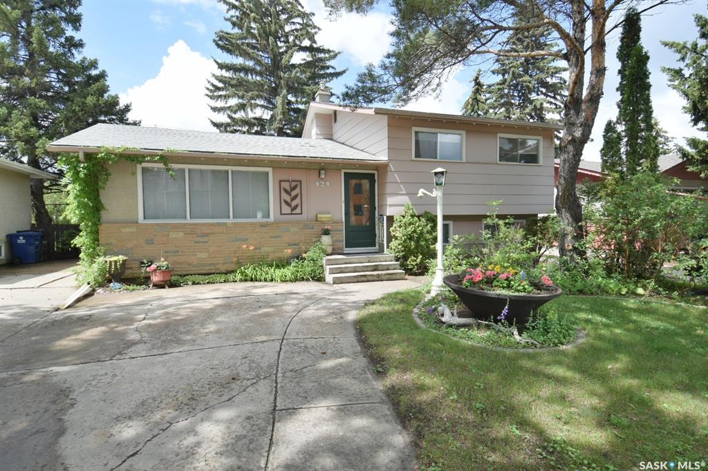 424 Central Avenue, 4 bed, 2 bath, at $339,900
