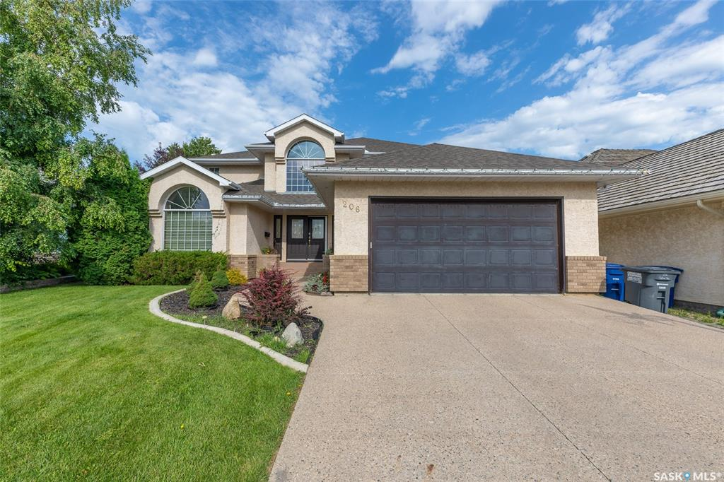 206 Collins Terrace, 5 bed, 4 bath, at $679,000