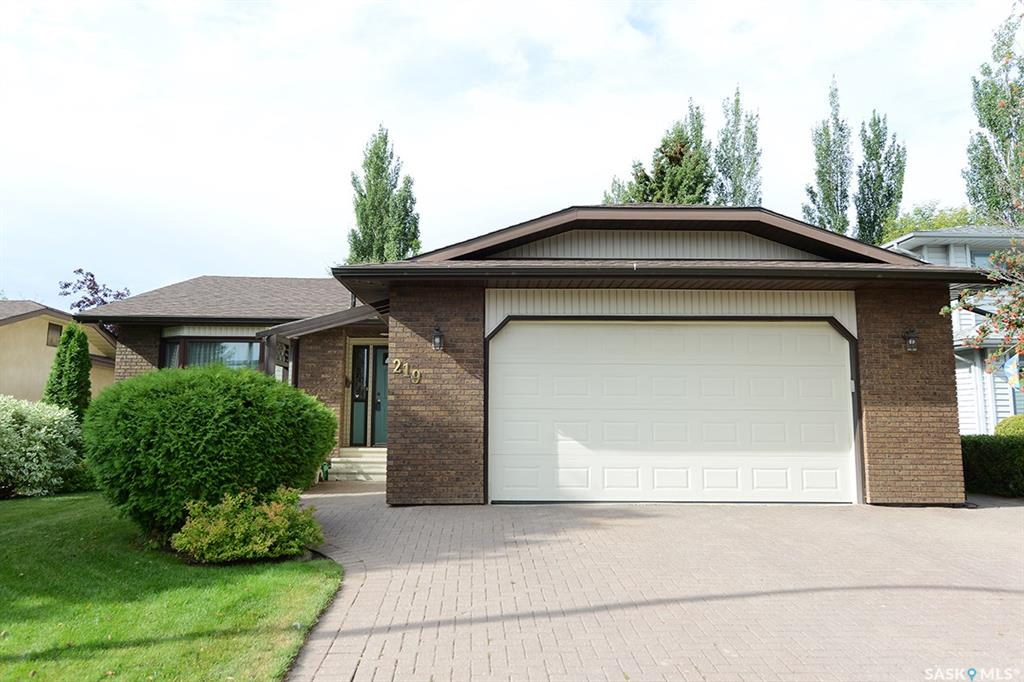 219 Swan Crescent, 4 bed, 3 bath, at $399,900
