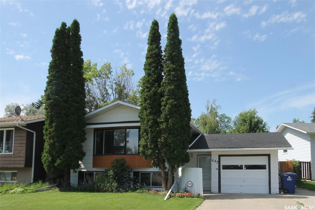 642 Redberry Road, 5 bed, 3 bath, at $329,900