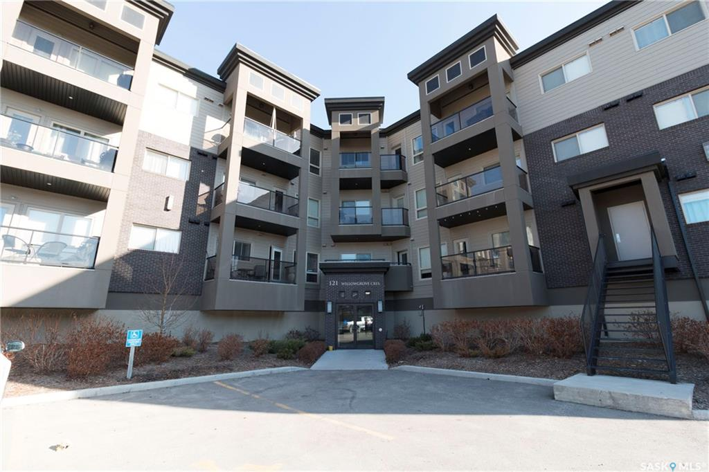 121 Willowgrove Crescent #321, 2 bed, 2 bath, at $299,900