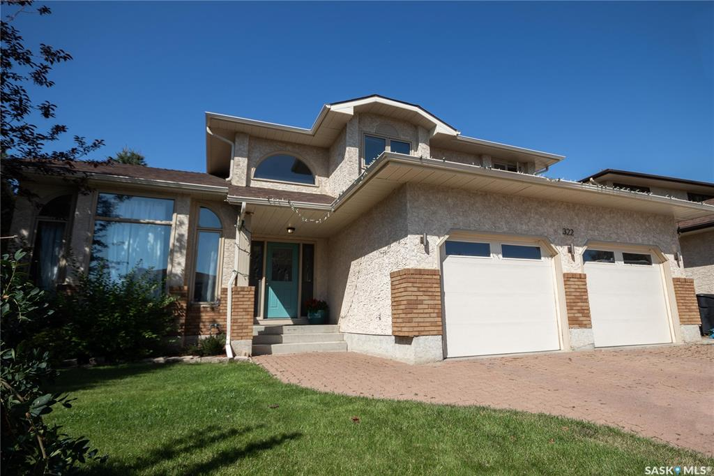 322 Forsyth Crescent, 4 bed, 4 bath, at $479,900