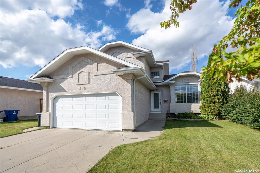 415 Brightwater Crescent, 4 bed, 3 bath, at $409,900
