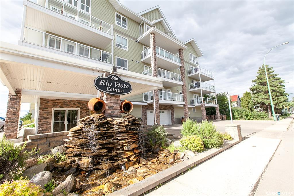 586 River Street E #105, 1 bed, 1 bath, at $189,900
