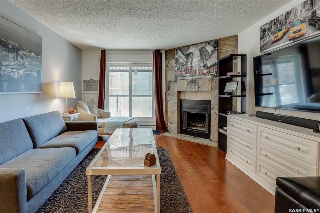 536 4th Avenue N #402, 2 bed, 1 bath, at $189,900