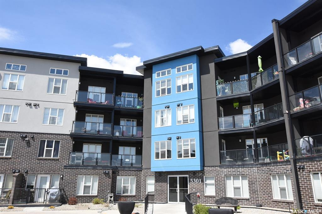 5301 Universal Crescent #223, 1 bed, 1 bath, at $199,900
