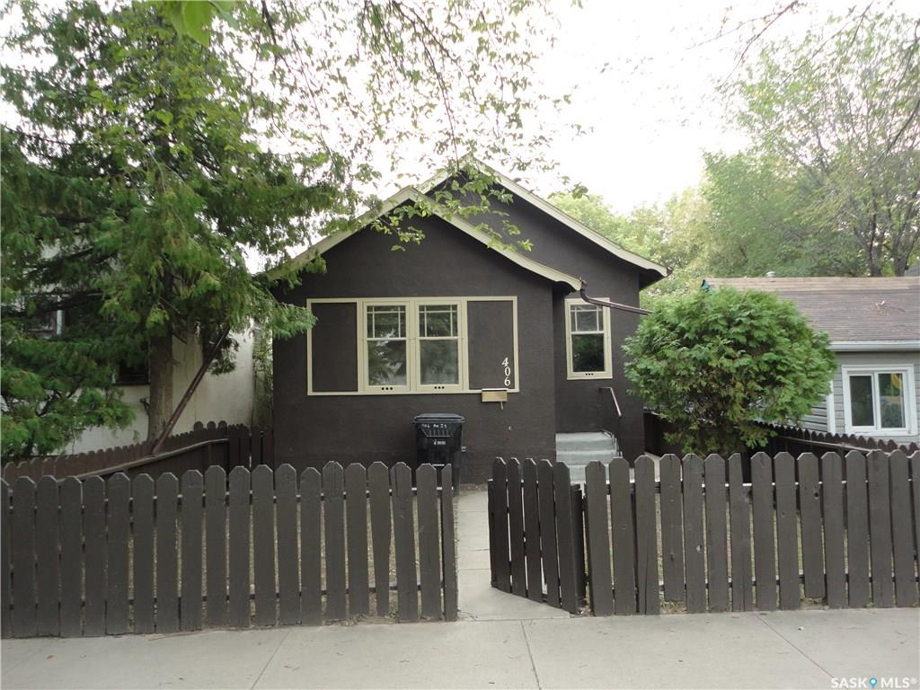 406 J Avenue S, 2 bed, 2 bath, at $119,900