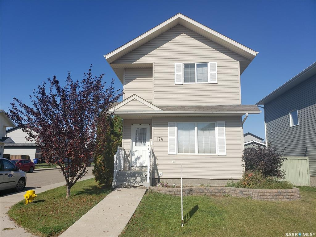 174 Blakeney Crescent, 3 bed, 2 bath, at $259,900