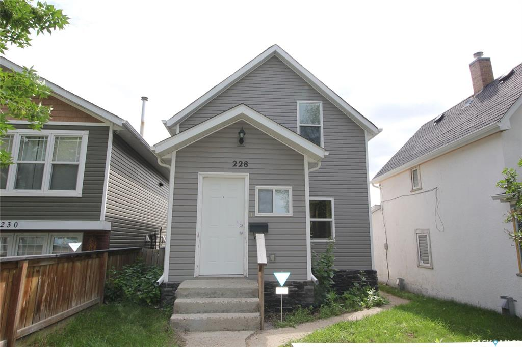 228 J Avenue N, 2 bed, 2 bath, at $199,900