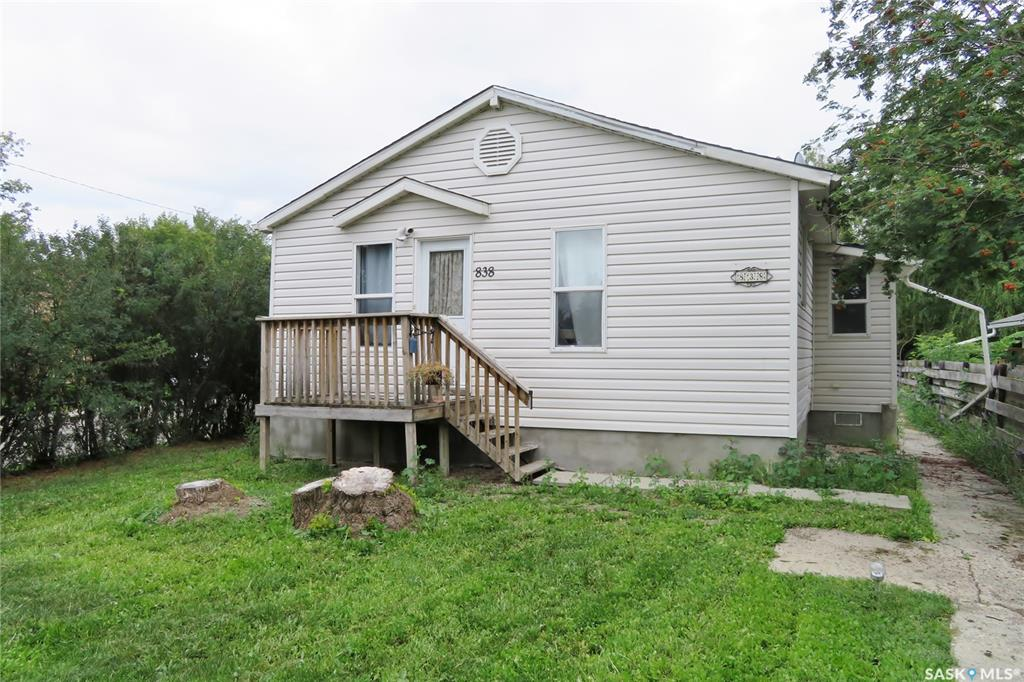 838 K Avenue N, 2 bed, 1 bath, at $119,900