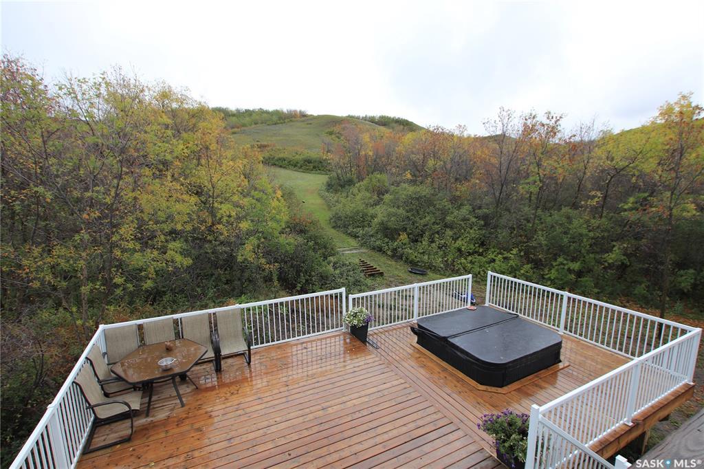 LANG ACREAGE, 4 bed, 4 bath, at $630,000