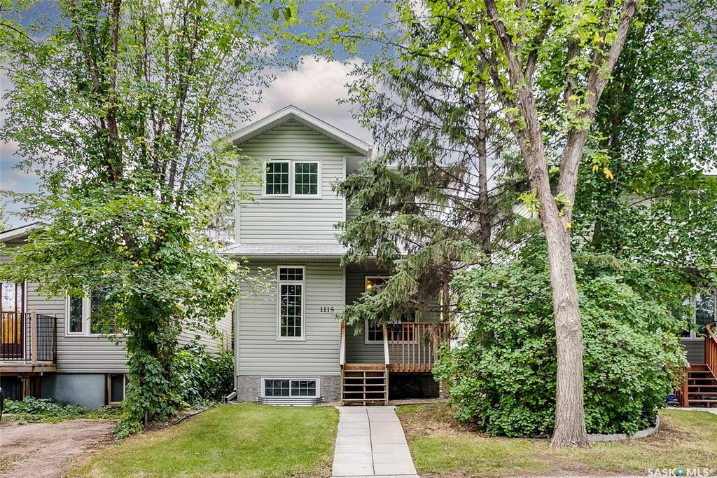 1115 J Avenue S, 4 bed, 4 bath, at $344,900
