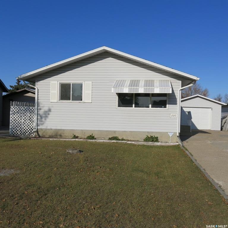 226 Mowat Crescent, 4 bed, 1 bath, at $189,900