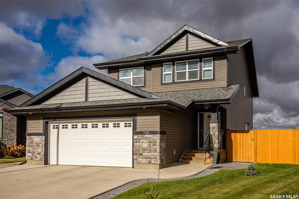 326 Pichler Crescent, 4 bed, 4 bath, at $609,900
