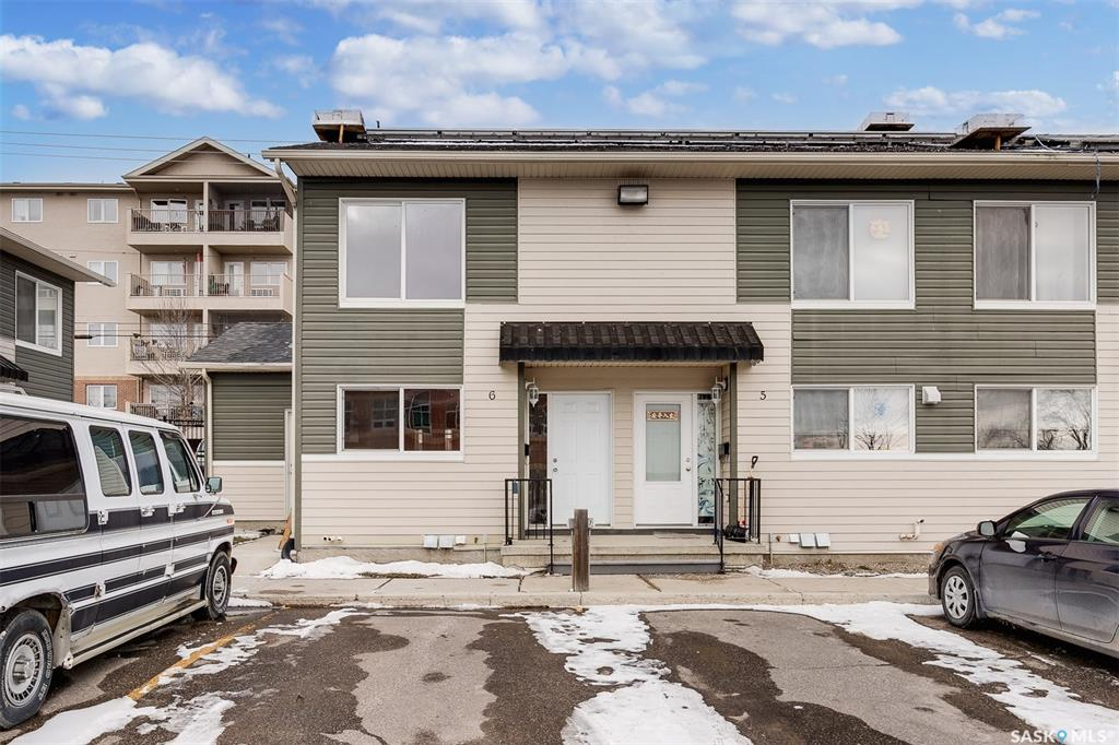 315 N Avenue S #6, 2 bed, 2 bath, at $129,900
