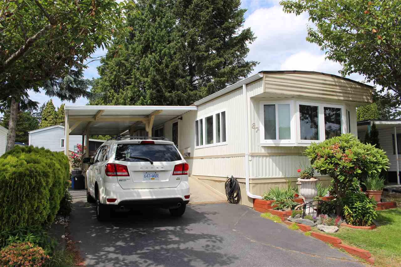 87 7790 KING GEORGE BOULEVARD, 3 bed, 1 bath, at $98,800