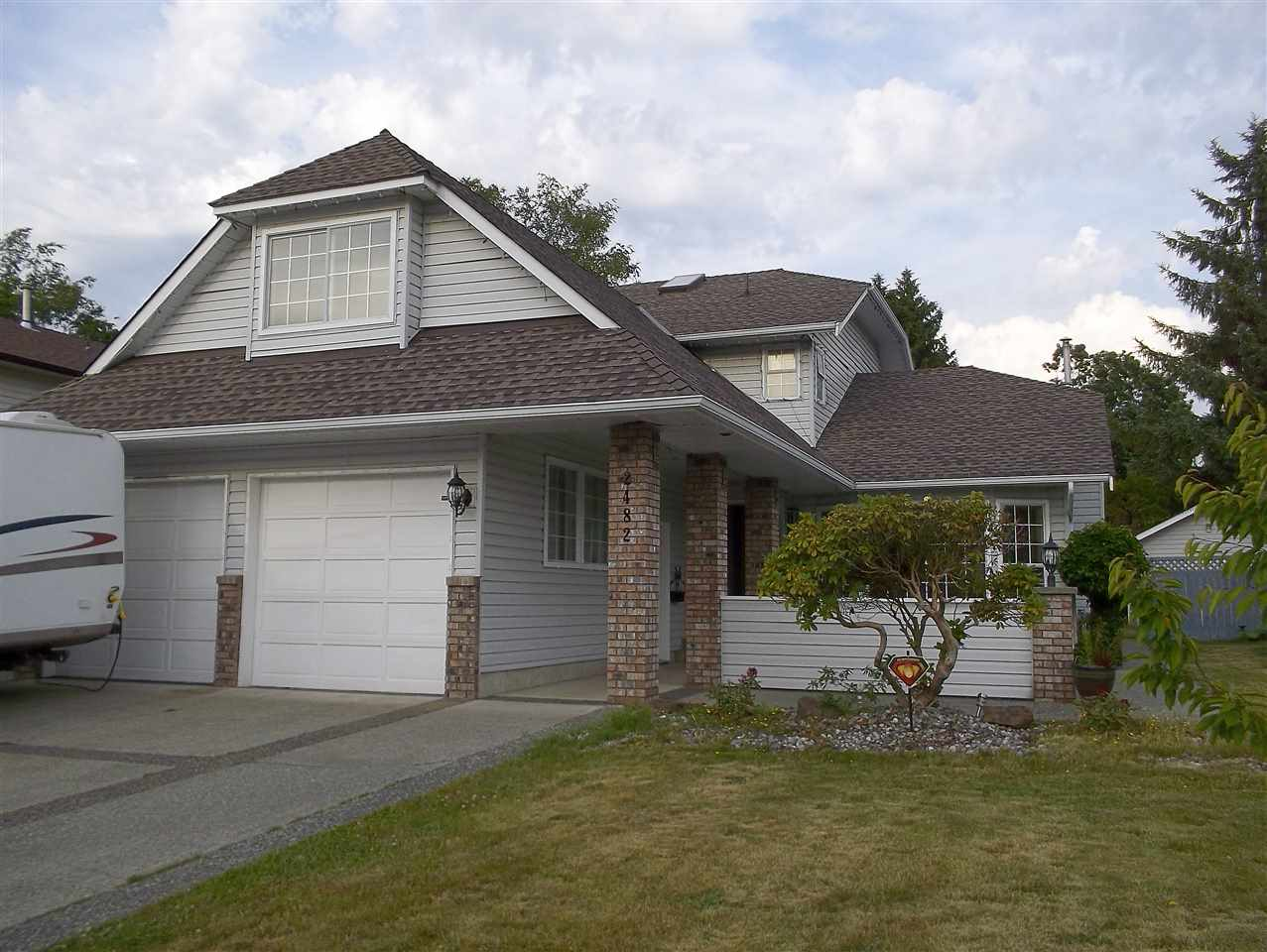 2482 GROSVENOR PLACE, 3 bed, 3 bath, at $988,888