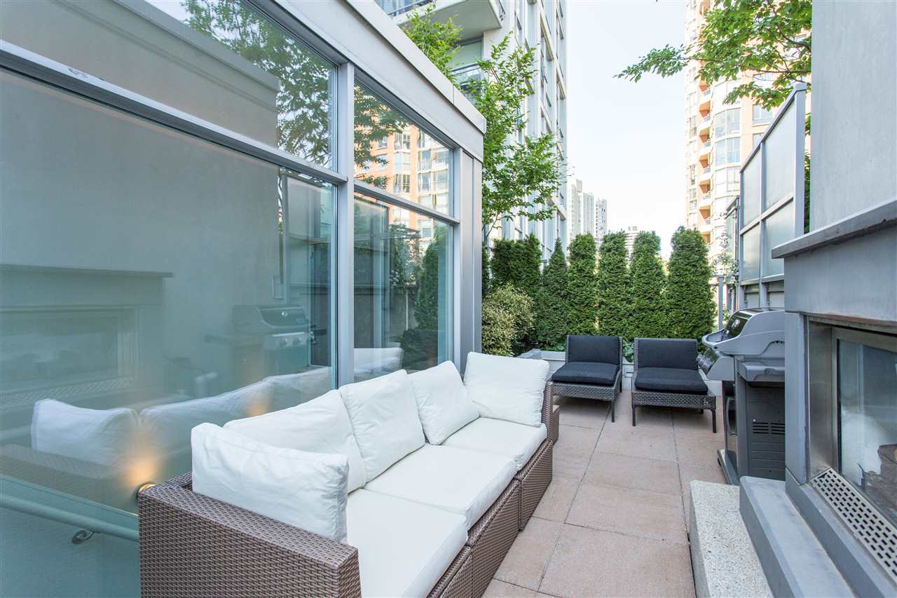 1447 HOWE STREET, 2 bed, 2 bath, at $1,475,000