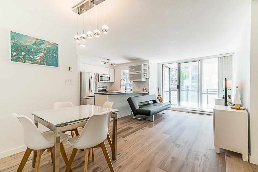 513 1082 SEYMOUR STREET, 1 bed, 1 bath, at $738,000