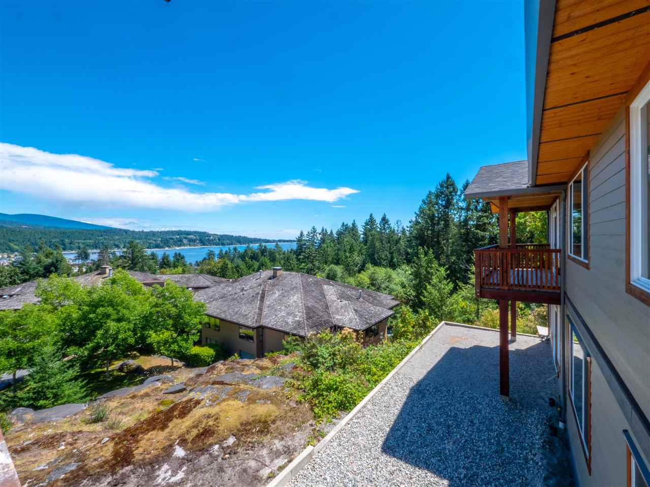 201 5885 COWRIE STREET, 2 bed, 2 bath, at $685,000