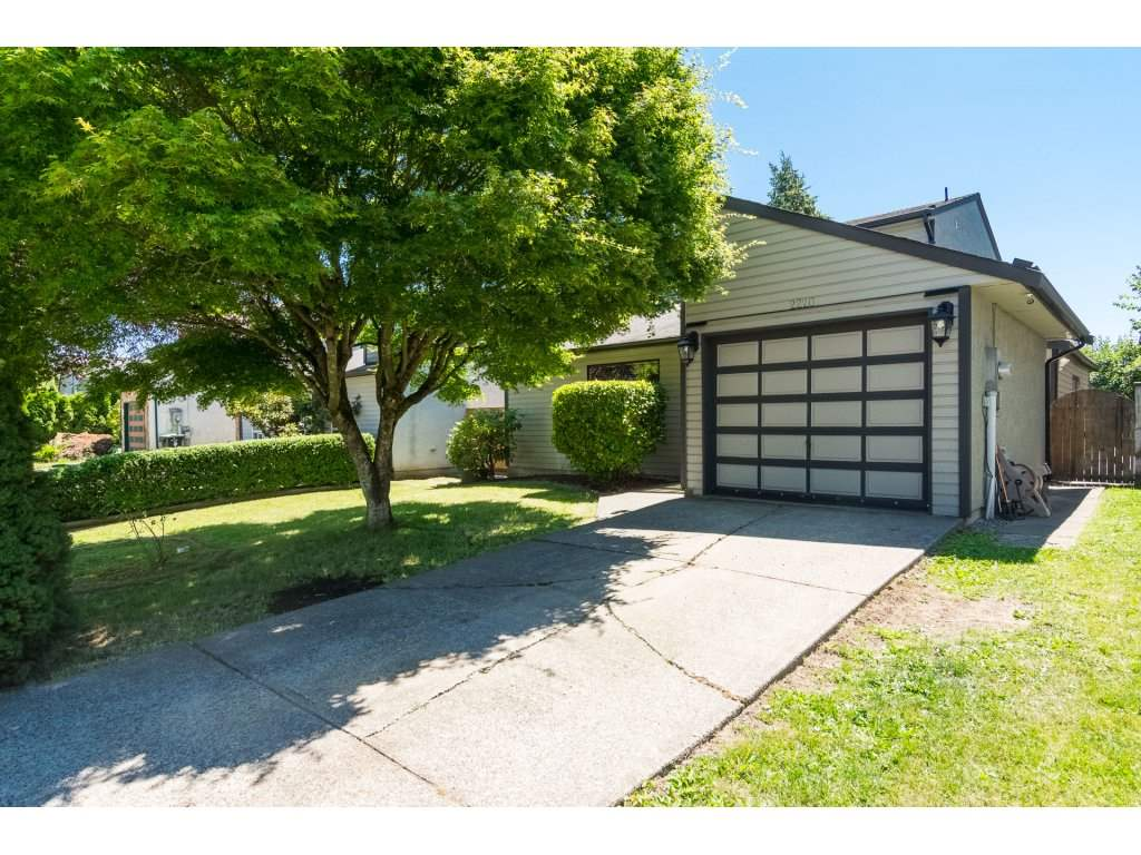 2220 WILLOUGHBY WAY, 3 bed, 2 bath, at $735,000