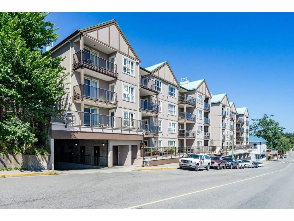 314 33165 2ND AVENUE, 1 bed, 1 bath, at $259,900