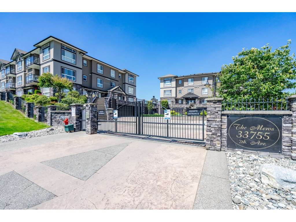 A315 33755 7 AVENUE, 2 bed, 2 bath, at $549,900