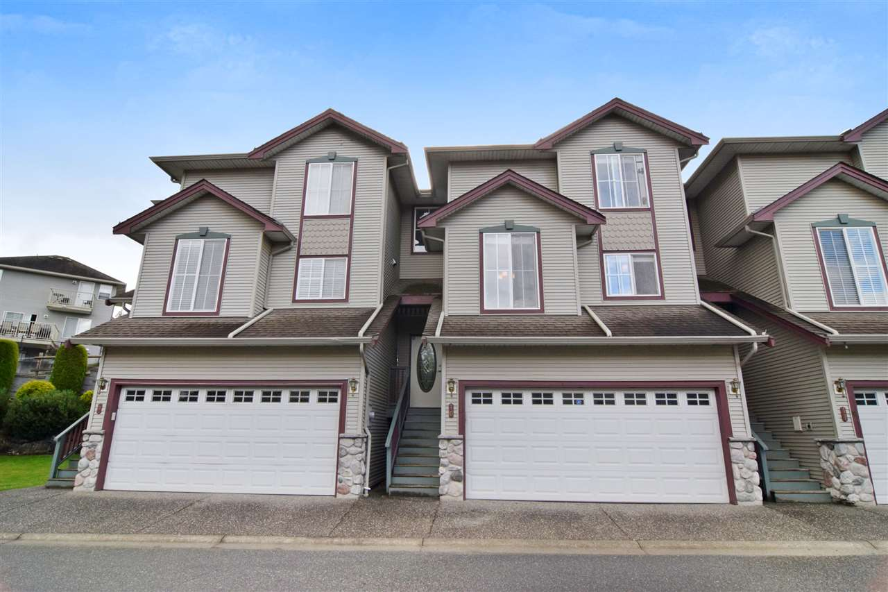 10 46360 VALLEYVIEW ROAD, 3 bed, 3 bath, at $449,900