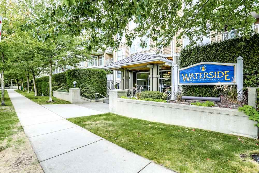 123 5880 DOVER CRESCENT, 1 bed, 1 bath, at $419,000