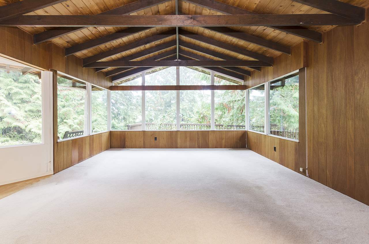 578 GLENROSS ROAD, 3 bed, 2 bath, at $1,649,000