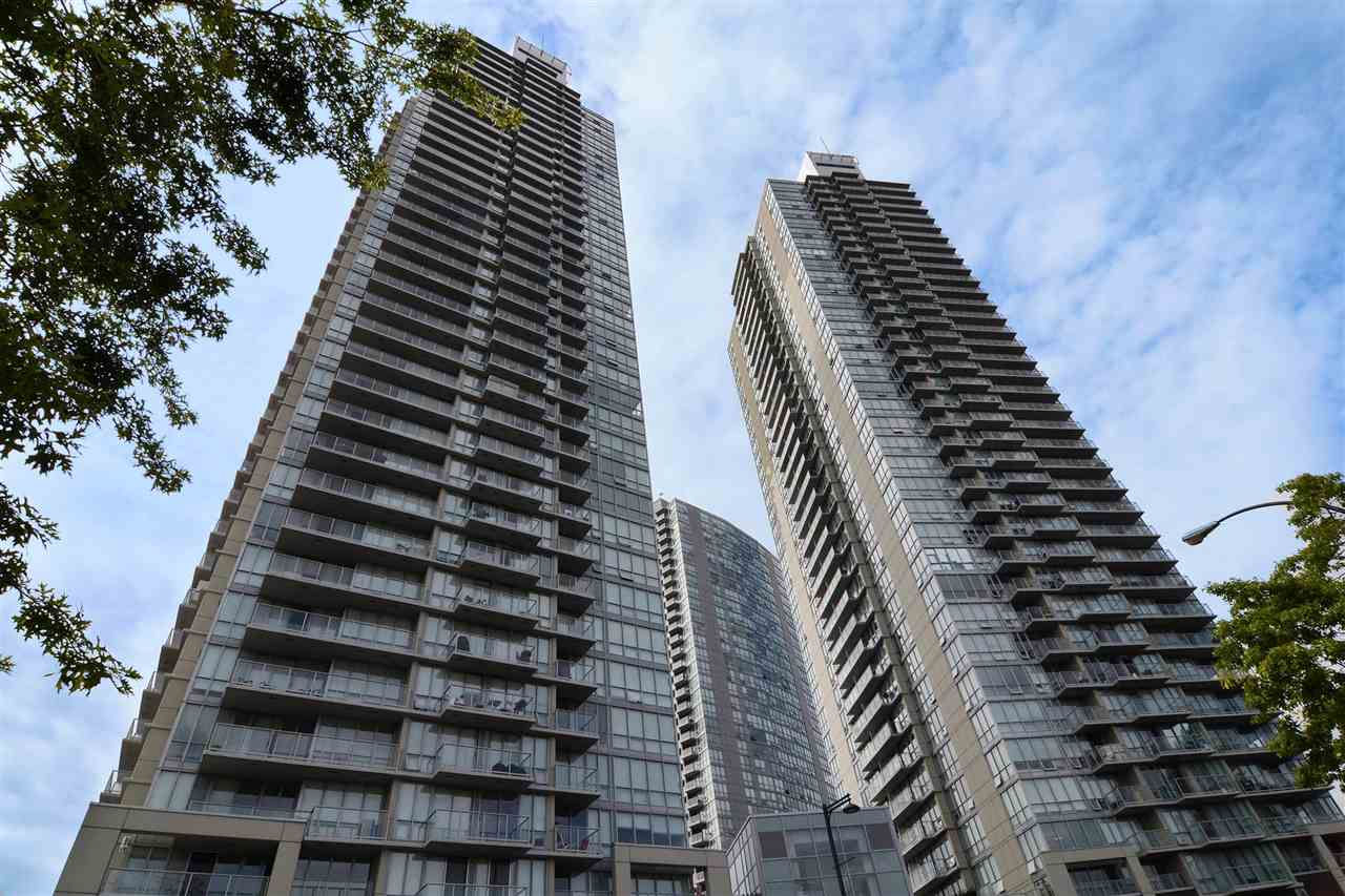3203 9981 WHALLEY BOULEVARD, 2 bed, 2 bath, at $499,000