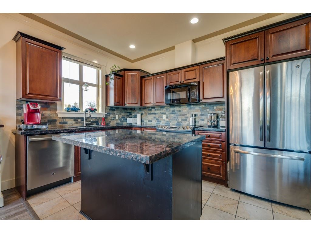209 46021 SECOND AVENUE, 3 bed, 2 bath, at $350,000