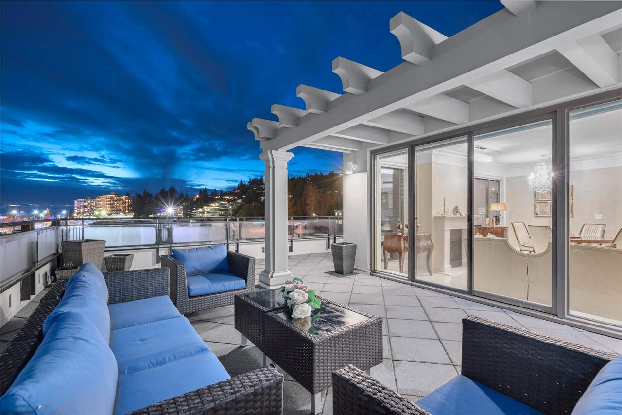 PH1 533 WATERS EDGE CRESCENT, 3 bed, 2 bath, at $2,648,000