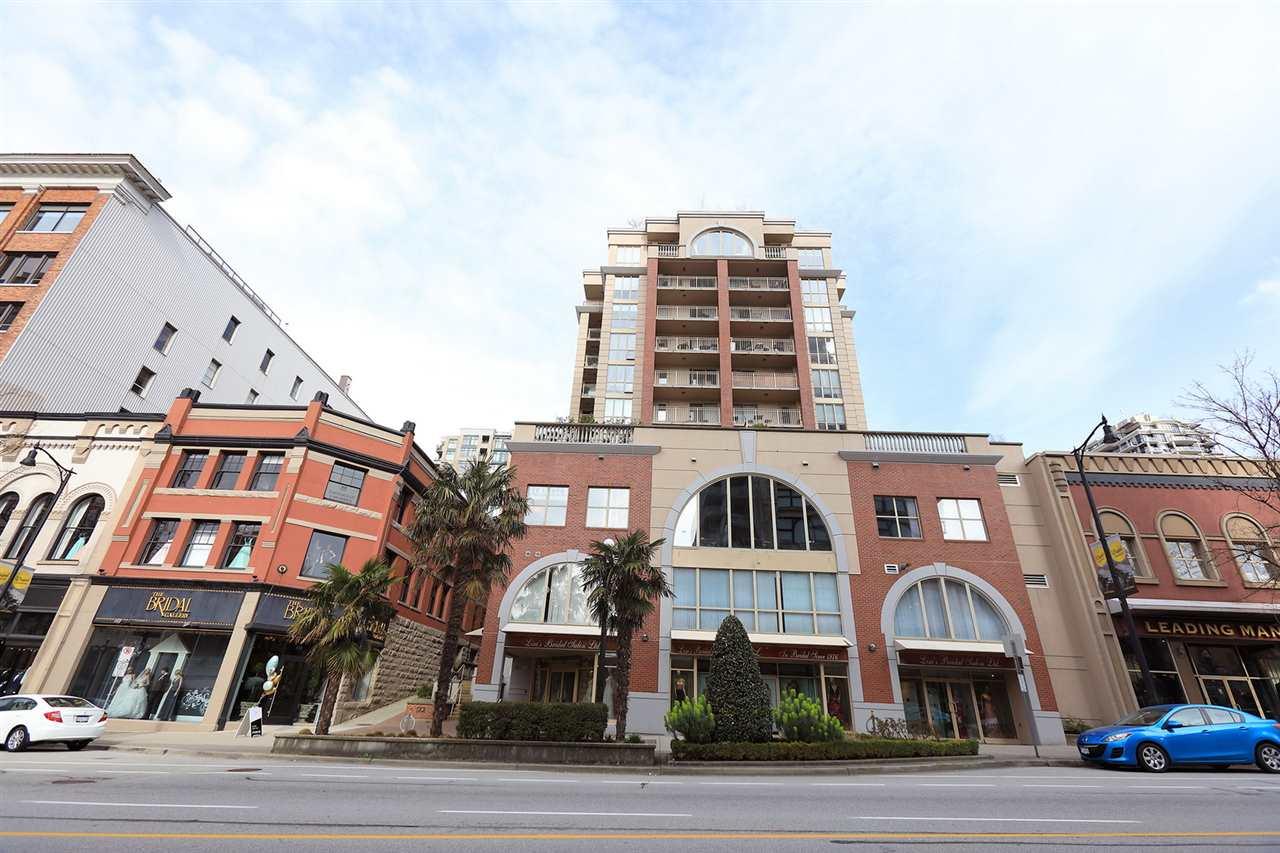 805 680 CLARKSON STREET, 1 bed, 1 bath, at $359,900