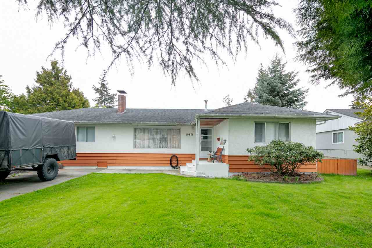 10571 AINTREE CRESCENT, 4 bed, 2 bath, at $1,550,000