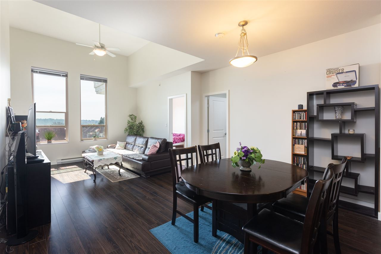 407 245 ROSS DRIVE, 2 bed, 2 bath, at $649,000