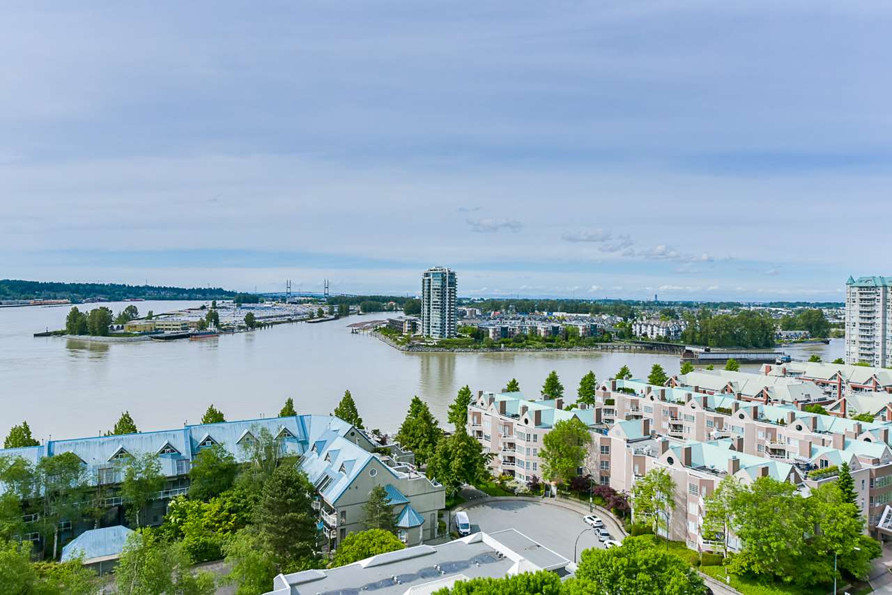 1606 1065 QUAYSIDE DRIVE, 2 bed, 2 bath, at $849,900