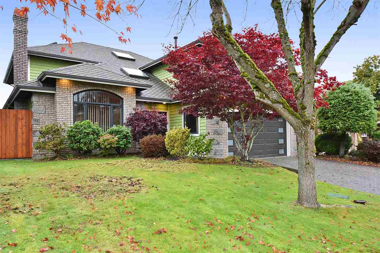 5779 MUSGRAVE CRESCENT, 5 bed, 4 bath, at $1,890,000