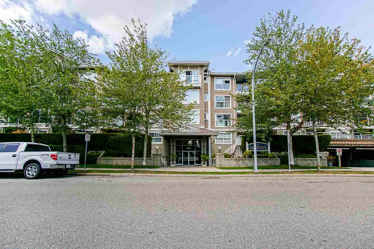 127 5880 DOVER CRESCENT, 1 bed, 1 bath, at $419,000