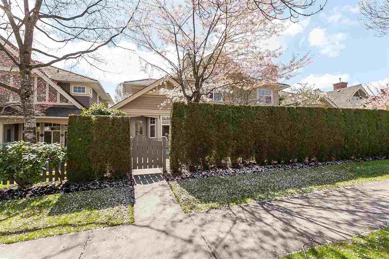 5 15450 ROSEMARY HEIGHTS CRESCENT, 3 bed, 3 bath, at $888,000