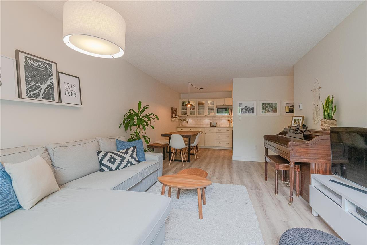 201 312 CARNARVON STREET, 1 bed, 1 bath, at $369,000