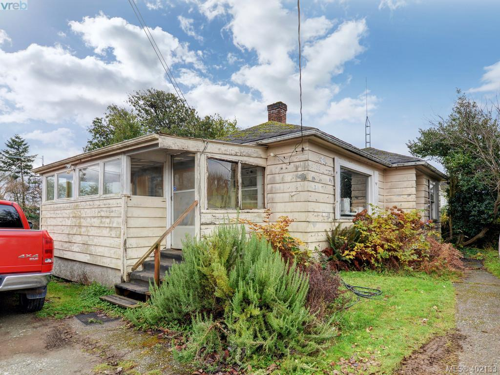 6735 Eustace Rd, at $375,000