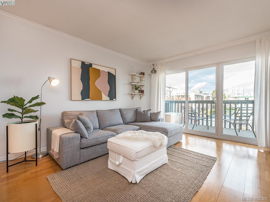 405 1035 Mcclure St, 1 bed, 1 bath, at $385,000