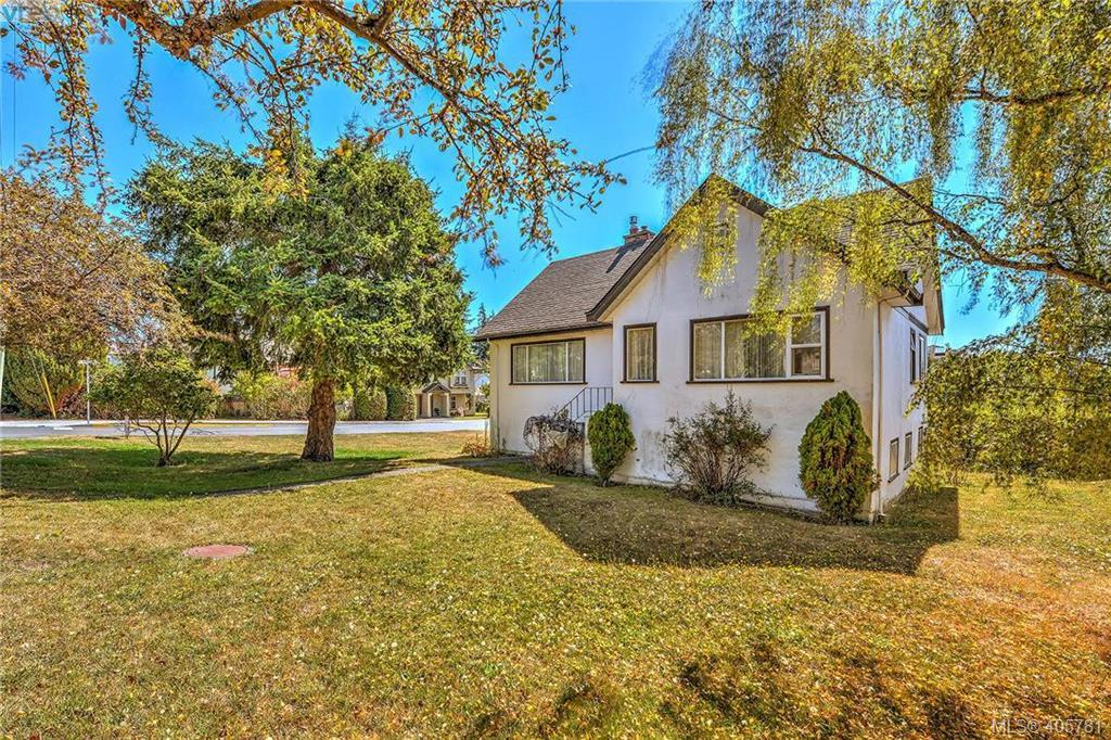 1131 Wychbury Ave, 4 bed, 1 bath, at $899,888