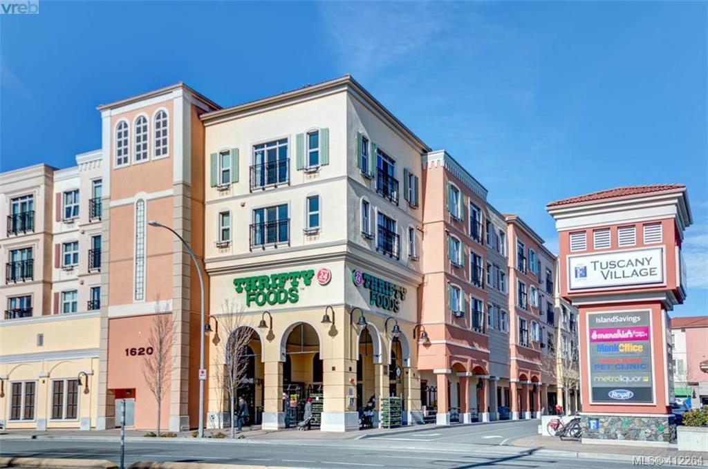 301 1620 Mckenzie Ave, 1 bed, 2 bath, at $438,000