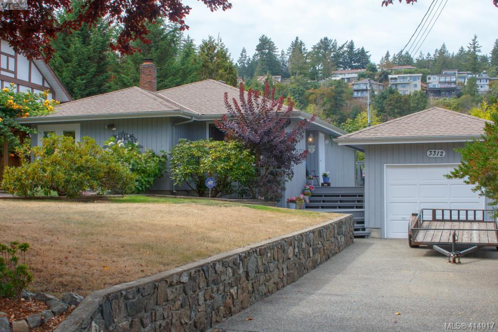 3312 Mary Anne Cres, 3 bed, 2 bath, at $596,500