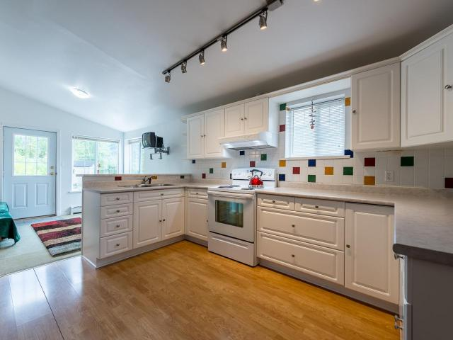 Real Estate Listing MLS 147050