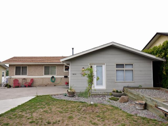 Real Estate Listing MLS 147492